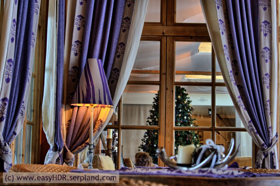 Easy HDR Files | Tyrolian/Alpine Hotel Bar | HDR with dramatic dark HDRI setting
