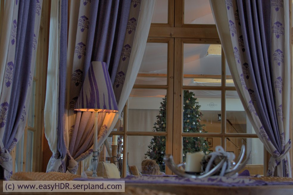 Easy HDR Files | Tyrolian/Alpine Hotel Bar | HDR with enhanced HDRI setting
