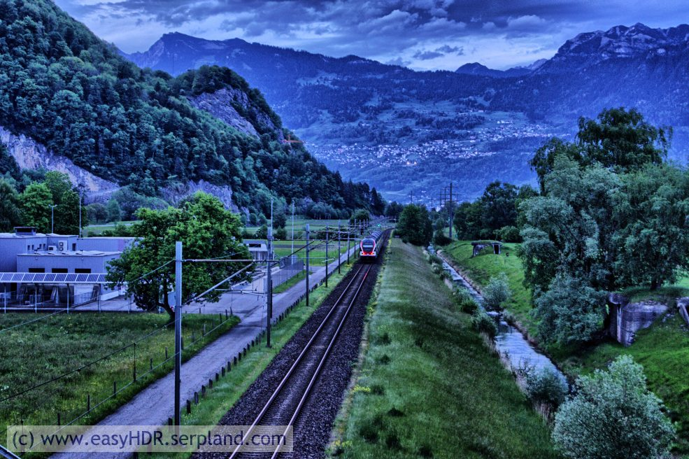 Easy HDR Pro Image | Railway in darkness | Digital photo editing with easyHDR-Pro in style dramatic strong